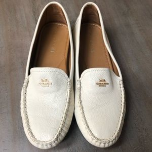 Coach cream, pebbled leather loafers. Size 9 1/2